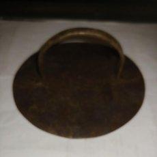 Antigüedades: ANTIGUO TAPE DE OLLA. Lote 289547523
