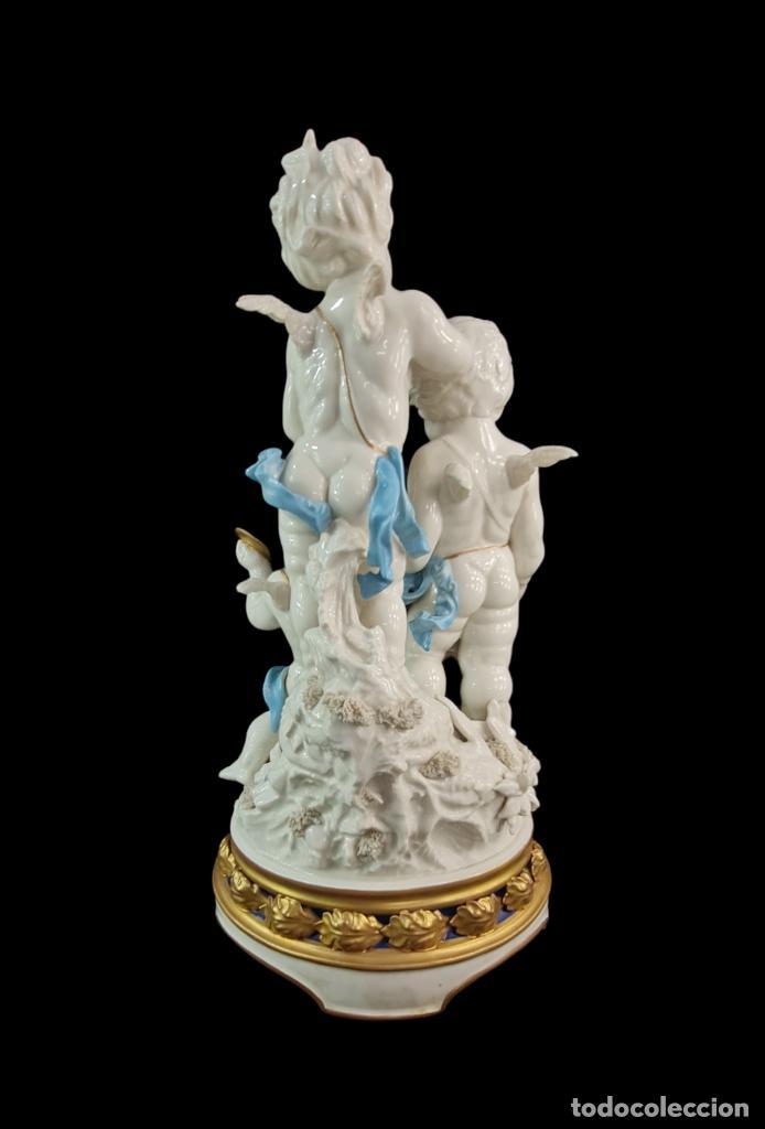 Antigüedades: Gran grupo orquestal ángeles Algora. Muy raro a dos tonos azul y oro. 44x25cm aprox. Porcelana - Foto 4 - 289613178