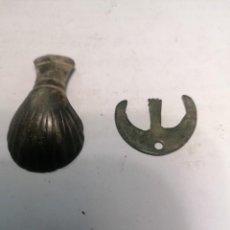 Antigüedades: VENERA DEL CAMINO DE SANTIAGO Y AMULETO MEDIEVAL MUY ANTIGUOS. Lote 289689783