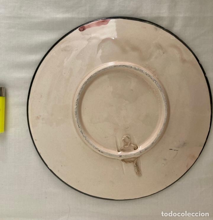 Antigüedades: Plato de porcelana tipo Capodimonte, hecho en Manises años 70 - Foto 2 - 289713378