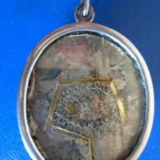 Antigüedades: (ANT-210908)ANTIGUO RELICARIO DE PLATA - DOBLE CARA - CRISTALES. Lote 289884018