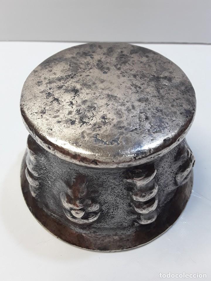 Antigüedades: Almirez de bronce, 5 caras y 5 columnas. Siglo XVIII - Foto 10 - 290059493