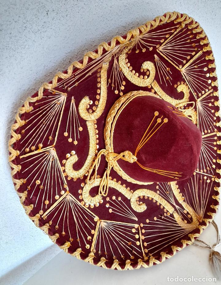 Antigüedades: Gran sombrero mejicano charro mexico Pigalle XXXXX terciopelo granate 58 cm - Foto 3 - 291172193
