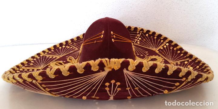 Antigüedades: Gran sombrero mejicano charro mexico Pigalle XXXXX terciopelo granate 58 cm - Foto 11 - 291172193