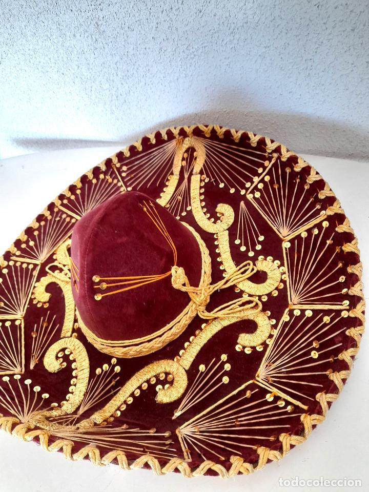 Antigüedades: Gran sombrero mejicano charro mexico Pigalle XXXXX terciopelo granate 58 cm - Foto 12 - 291172193