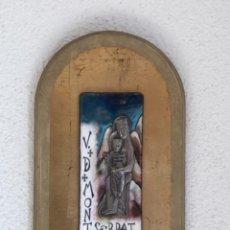 Antigüedades: VIRGEN DE MONTSERRAT DE PLATA Y ESMALTE.. Lote 293348613