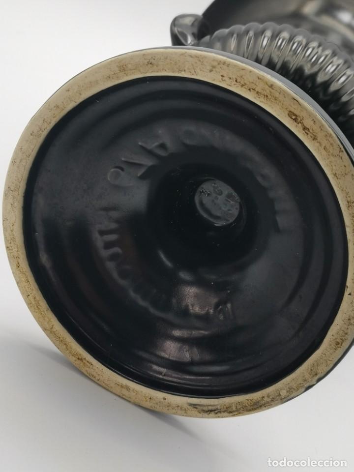Antigüedades: Magnífico jarrón de cerámica Dartmouth England. 23 cm. - Foto 20 - 293541443