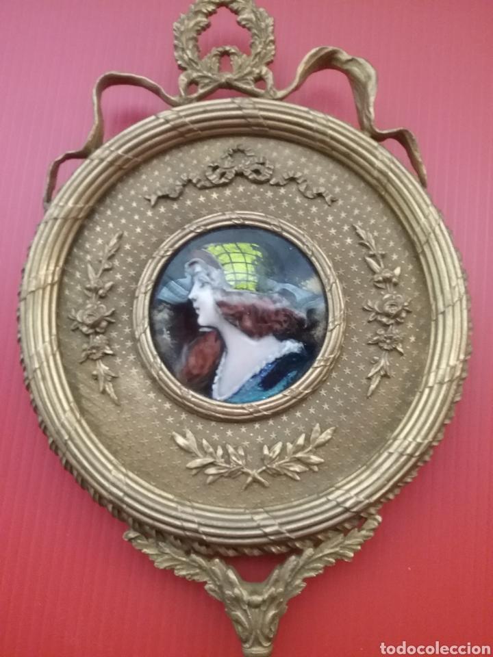 Antigüedades: Espejo de mano con esmalte y en bronce - Foto 2 - 293574633