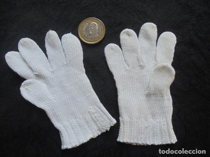 Antigüedades: Par de guantes muy pequeños - Foto 2 - 293575338