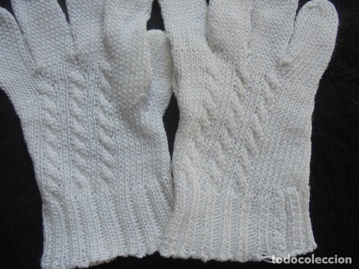Antigüedades: Par de guantes muy pequeños - Foto 3 - 293575338