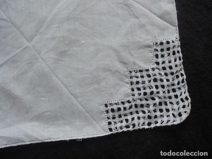 Antigüedades: Lote 3 pañuelos antiguos - Foto 2 - 293576203