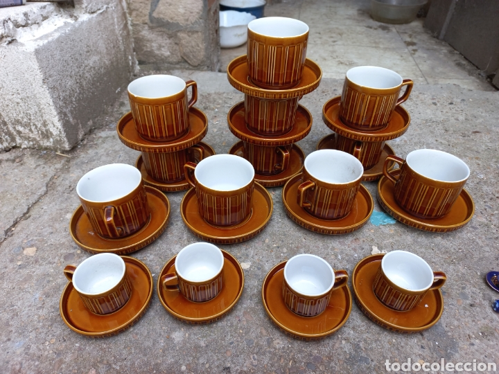 JUEGO DE TAZAS DE CAFE Y CHOCOLATE DE PORCELANA ITALIANA (Antigüedades - Porcelanas y Cerámicas - Otras)