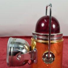 Antigüedades: FAROL EN METAL. DOBLE LUZ. TANG FUN KEE COMPANY. HONG KONG. SIGLO XX.. Lote 293718238