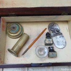 Antigüedades: ESCRITORIO O ESCRIBANIA DE VIAJE. Lote 293871653