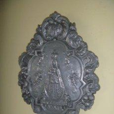 Antigüedades: BENDITERA VIRGEN DE BEGOÑA AMATXU PATRONA BIZKAIA ÚNICA EN TODOCOLECCIÓN. Lote 294064553