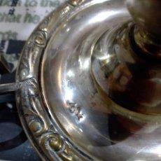 Antigüedades: LOTE CANDELABROS Y FLOREROS CRISTAL. Lote 294084573