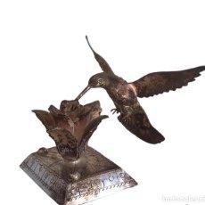 Antiguidades: PÁJARO DE PLATA DE LEY 925 SOBRE ROSA.. Lote 294147588