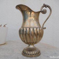 Antigüedades: JARRA DE PLATA GALLONADA DE MEDIADOS DEL SIGLO XX. Lote 294164153
