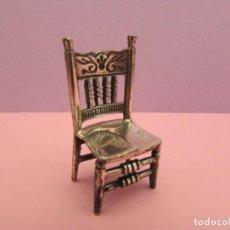 Antigüedades: MINIATURA DE SILLA EN PLATA 925 MARCADO. Lote 294825433