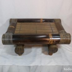 Antigüedades: AUTÉNTICA MESA DE BAMBÚ FABRICADA EN BALI - AÑOS 70S. Lote 294856133