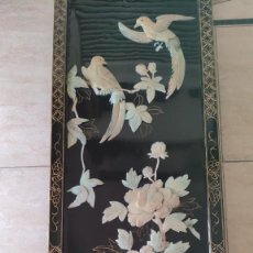 Antigüedades: ESPECTACULAR PLAFÓN EN CAOBA JAPONÉS CON GRAN COMPOSICIÓN EN NACAR FINALES SIGLO XLX. Lote 294957268