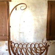 Antigüedades: CUNA MODERNISTA THONET. CIRCA 1890. Lote 295046598