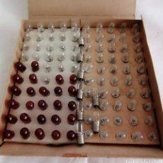 Antigüedades: ANTIGUA CAJA BOMBILLAS PEQUEÑAS .. Lote 295360828