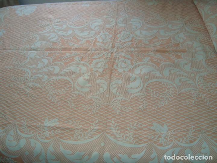 Antigüedades: ANTIGUA COLCHA DE ALGODÓN ROSA Y BLANCO 210cm x 255cm. - Foto 5 - 129008539