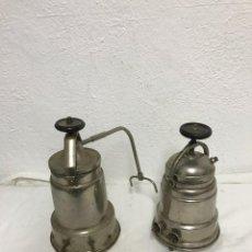 Antigüedades: PAR DE CAFETERAS ELÉCTRICAS!. Lote 295551878