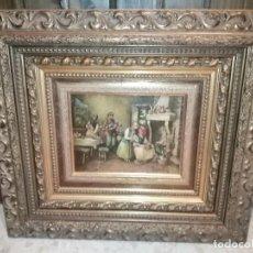 Antigüedades: PAREJA DE CUADROS CON IMÁGENES EN RELIEVE Y MARCOS TALLADOS EN MADERA. Lote 295730973