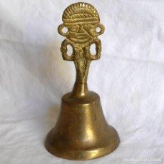 Antigüedades: CAMPANA DE BRONCE ESTILO MAYA O AZTECA. Lote 295837138
