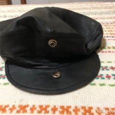 Antigüedades: GORRO AÑOS 50 DE CUERO MARCA STYLE USA COWBOY. Lote 296845788