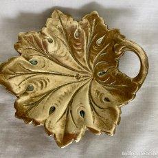 Antigüedades: FLOR DE BRONCE, MUY ANTIGUA. Lote 297064083