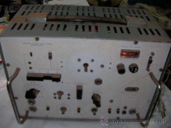 ANTIGUO APARATO ELECTRONICO PARA COMPROBACION DE RADIOS MIRA ELECTRONICA DE LME (Radios - Aparatos de Reparación y Comprobación de Radios)