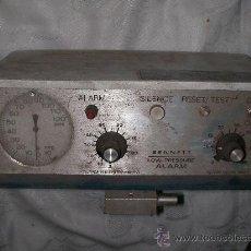 Radios antiguas: ANTIGUO APARATO ELECTRONICO 4. Lote 22194871
