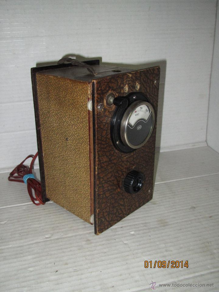 ANTIGUO ELEVADOR REDUCTOR DE RADIOS ANTIGUAS DE VALVULAS -GRAN TAMAÑO Y COMPLETO - AÑO 1940-50S. (Radios - Aparatos de Reparación y Comprobación de Radios)