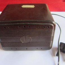 Radios antiguas: AUTOTRANSFORMADOR SALABÉ. BAKELITA. Lote 115050924
