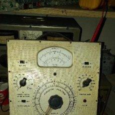 Radios antiguas: COMPROBADOR DE CONDENSADORES SOLAR EXAM-ETER TYPE 1-60. Lote 103250719