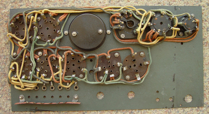 Radios antiguas: Comprobador valvulas Radio Maymo. Para reconstruir.....sanna - Foto 2 - 107106572