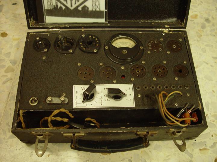 Radios antiguas: Comprobador valvulas Radio Maymo. Para reconstruir.....sanna - Foto 3 - 107106572