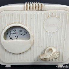 Radios antiguas: ELEVADOR / REDUCTOR DE VOLTAJE PARA RADIOS. MARCA KARLY. CIRCA 1950. . Lote 114517679