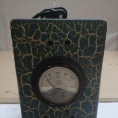 Radios antiguas: VOLTIMETRO ERGA. Lote 115808419