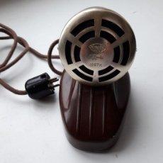 Radios antiguas: MICRÓFONO DE SOBREMESA DE FABRICACIÓN SOVIÉTICA MARCA OKTAVA 1957 A .URSS. Lote 118434907