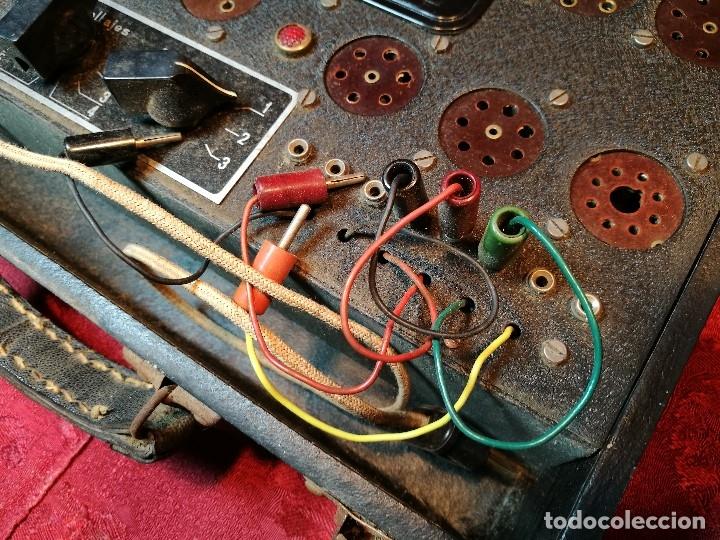 Radios antiguas: MALETIN COMPROBADOR DE VÁLVULAS ESCUELA DE RADIO MAYMO. CIRCA 1940. - Foto 15 - 123383951