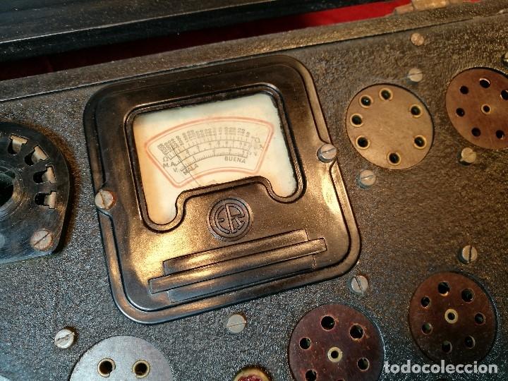 Radios antiguas: MALETIN COMPROBADOR DE VÁLVULAS ESCUELA DE RADIO MAYMO. CIRCA 1940. - Foto 21 - 123383951