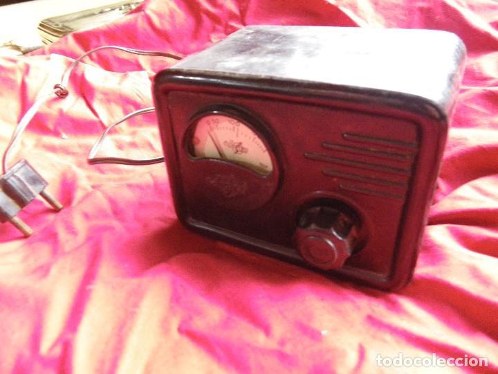 Radios antiguas: ELEVADOR REDUCTOR DE CORRIENTE , EN BAQUELITA MARCA ARANT - Foto 2 - 124208627