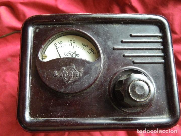 Radios antiguas: ELEVADOR REDUCTOR DE CORRIENTE , EN BAQUELITA MARCA ARANT - Foto 3 - 124208627