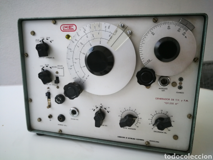 GENERADOR DE TV Y FM. LME GT 250 A. FUNCIONANDO. (Radios - Apparate zur Reparatur und Überprüfung von Radios)