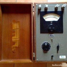 Radios antiguas: MEDIDOR DE RESISTENCIAS SHALLCROSS. PIEZA HISTORICA. RADIO LIBERTY. Lote 149605526
