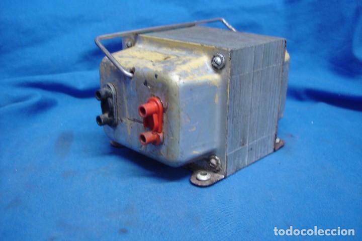 ANTIGUO AUTO-TRANSFORMADOR REVERSIBLE DE 220/125 VOLTIOS (Radios - Aparatos de Reparación y Comprobación de Radios)
